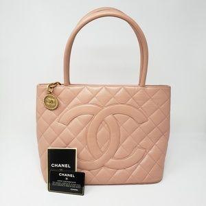 100% Auth CHANEL Caviar Gold Medallion Bag